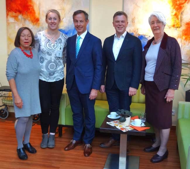 Rita Vogel, Agnieszka Harms, Oberbürgermeister Udo Bausch, Eilert Kuhlmann, Helène Schunk